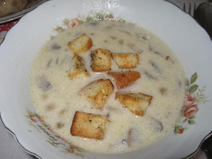 Суп из шампиньонов и плавленного сыра рецепт