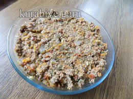 Запеканка из кукурузной каши с говяжьим фаршем