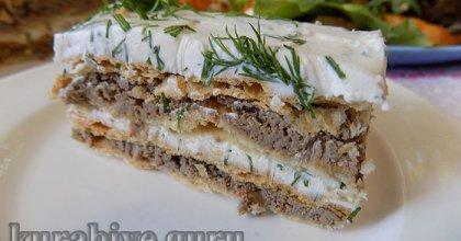 Закусочный печёночный торт с сырным кремом