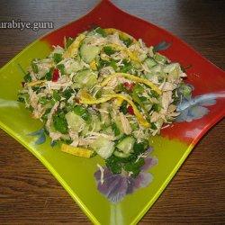 Салат из огурцов с куриным мясом