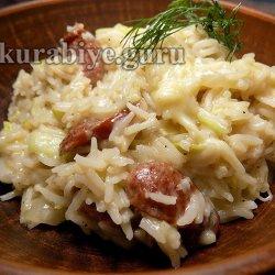 Рис с копчёными колбасками и цуккини